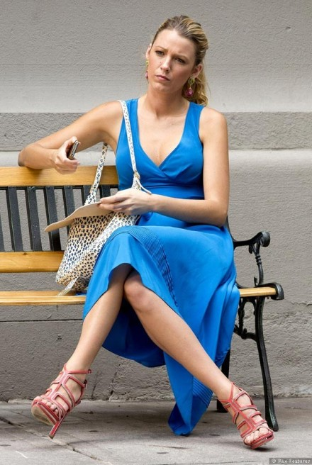 Blake-Lively-on-the-set-of-Gossip-Girl-season-6-0712-1