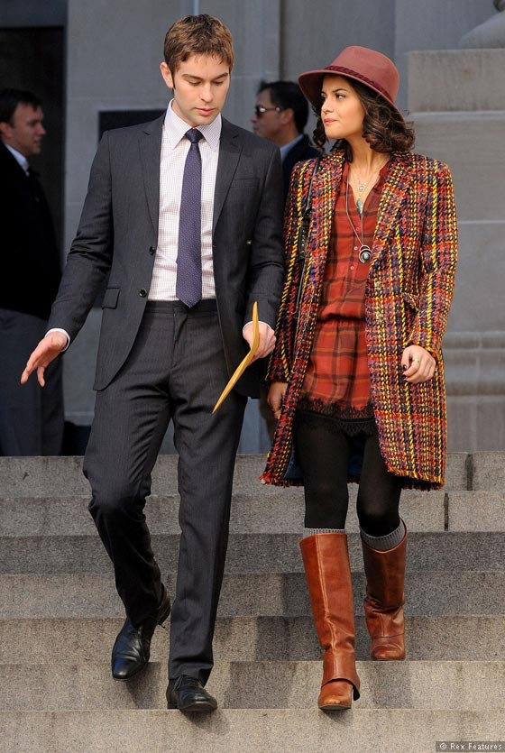 Chace-Crawford-and-Sophia-Black-on-the-set-of-Gossip-Girl-season-Sage