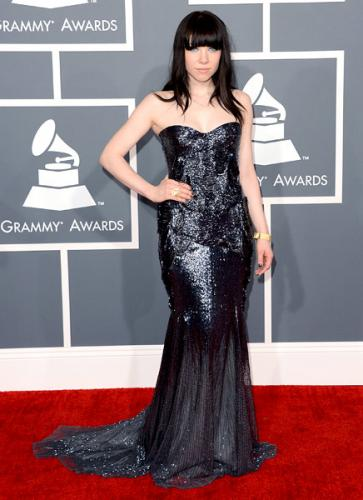 grammys-2013-best-worst-dressed-carly-rae-jepsen-600