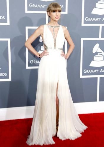 grammys-2013-best-worst-dressed-taylor-swift-600